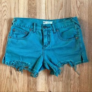 Free People cut off shorts! 💚💚💚